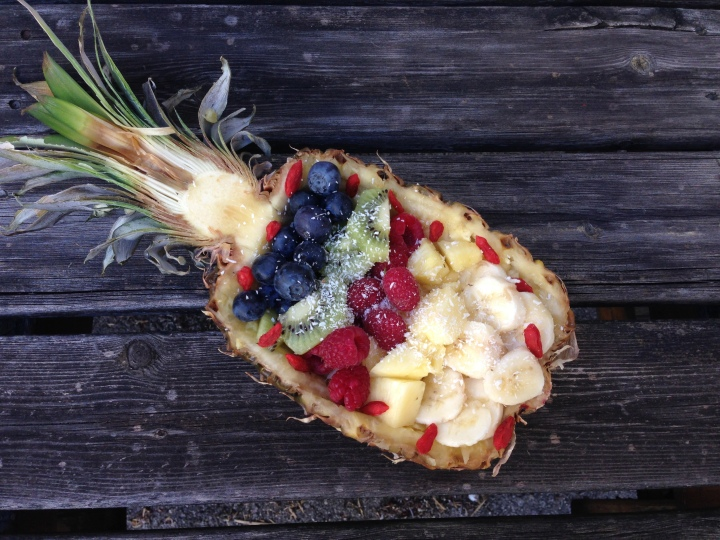 Ananas Früchteschale